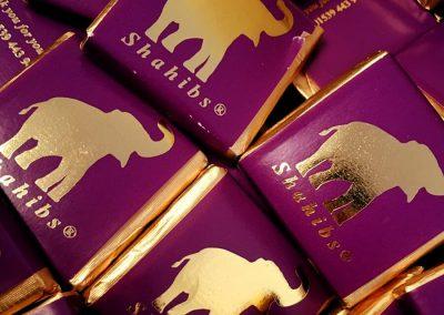 resraurant chocolate squares